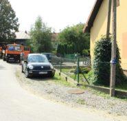 Trwają prace nad budową chodnika przy szkole w Duląbce